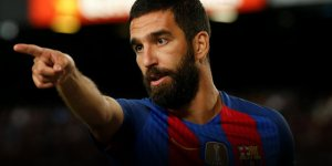 Son dakika.. Galatasaray Arda Turan'ı 1 yıllığına kiraladı