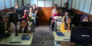 Çakıllı Yeni Cami, teknolojik Kur'an-ı Kerim kursu ile dikkat çekiyor