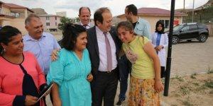 Vali Pehlivan, Engelsiz Yaşam Merkezi'ni ziyaret etti