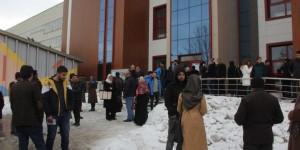 Gaziosmanpaşa'da 80 adrese uyuşturucu operasyonu: 100 kişi gözaltında