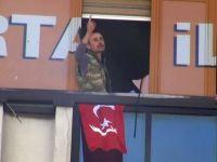 AK Parti Kartal İlçe Binasına Silahlı Baskın