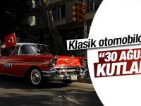 Klasik Otomobilcilerden  Zafer Bayramı Kutlaması