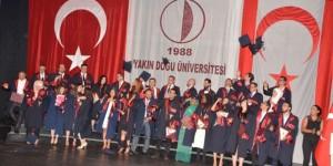 YDÜ Tıp Fakültesi mezuniyet törenine üst düzey katılım