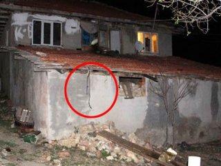 Isparta'da 5 yaşındaki çocuk tavana iple asılı bulundu