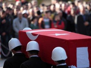Van ve Hakkari'de yaralanan iki asker şehit oldu
