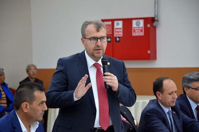 """Milletvekili Eldemir Bozüyük'te neden """"Evet""""i anlattı"""