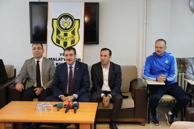 Bakan Tüfenkci'den Yeni Malatyaspor'a moral ziyareti