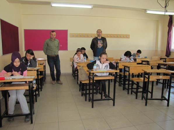 Kitap okuma yarışmasının il sınavları Hisarcık'ta yapıldı