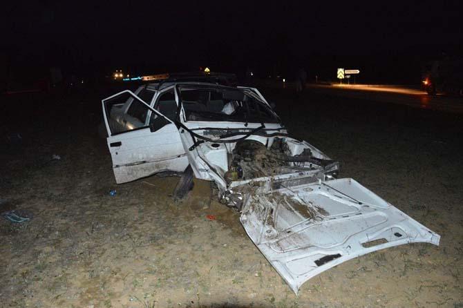 Tokat'ta otomobille traktör çarpıştı: 2 yaralı