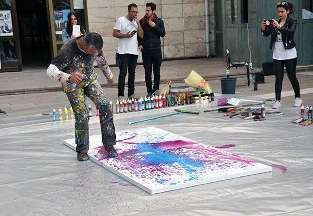 Dünya dostluk, barış ve sevgi kuşağı, Hacıbektaş'ta sanatseverlerle buluştu