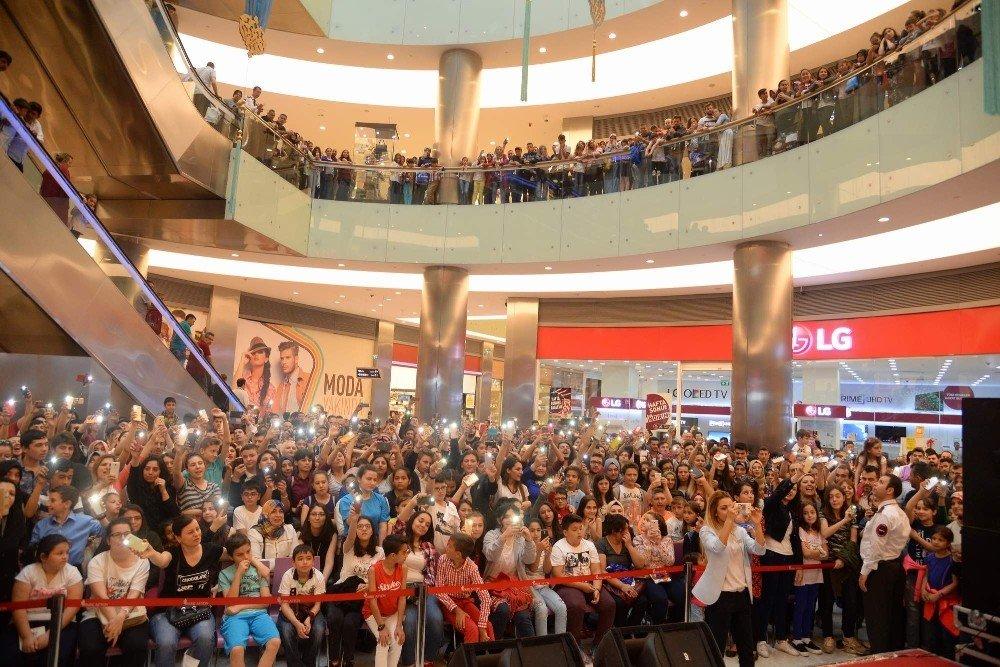 Doğukan Manço ve Aydın Kurtoğlu'ndan muhteşem performans