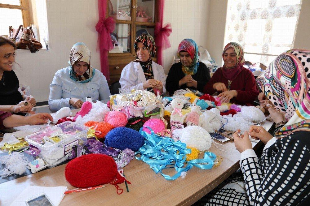 Kilis'te, Oyuncaksız Çocuk Kalmasın projesi