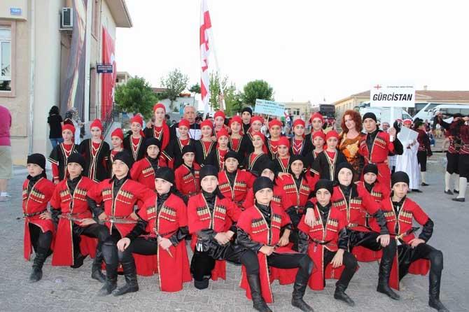 4. Uluslararası Göreme Halk Oyunları Festivali başladı