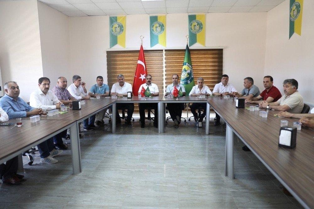 Büyükşehir Belediye Başkanı Nihat Çiftçi'den Şanlıurfaspor'a destek ziyareti
