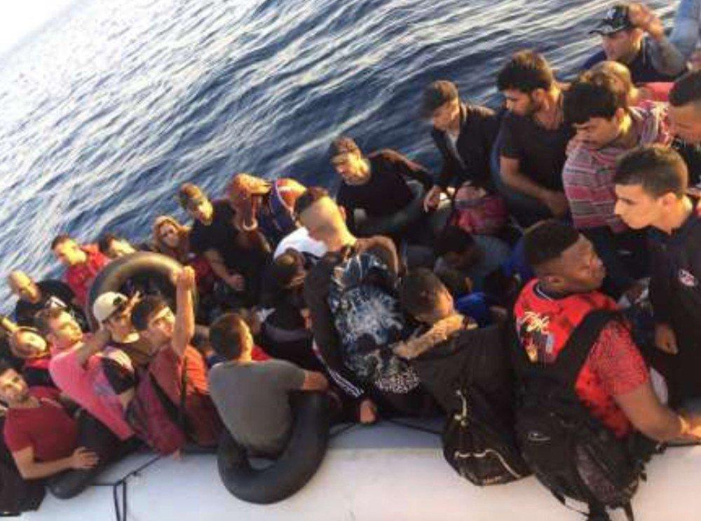 Kuşadası Körfezi'nde 101 kaçak göçmen yakalandı