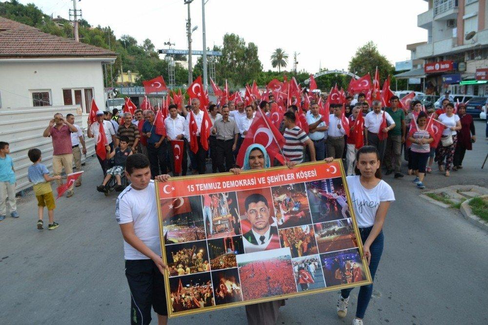 Bozyazılılar 15 Temmuz için yürüdü