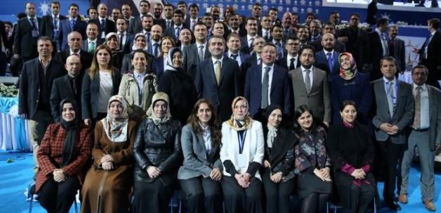 ak_parti_istanbul_il_yonetiminde_gorev_dagilimi_1423745226_0805.jpg
