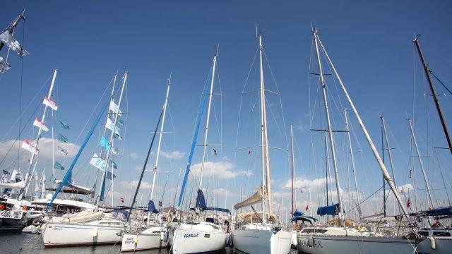 boat-show-yepyeni-tekneleri-gorucuye-cikartiyor-7611199_x_5902_o.jpg